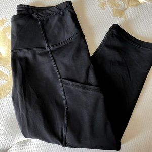 Lululemon cropped running leggings